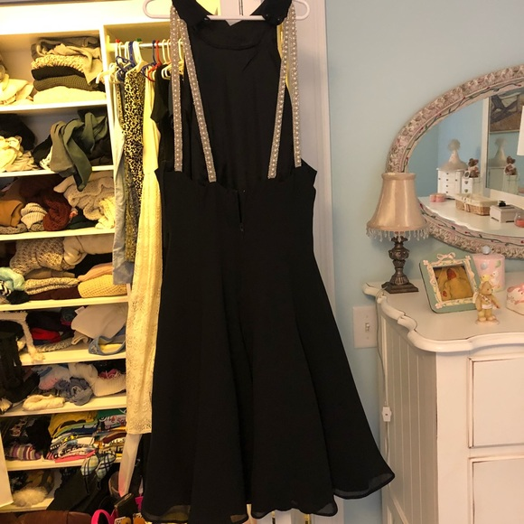 Jessica Howard Dresses & Skirts - Black Fit and Flare Cocktail Dress